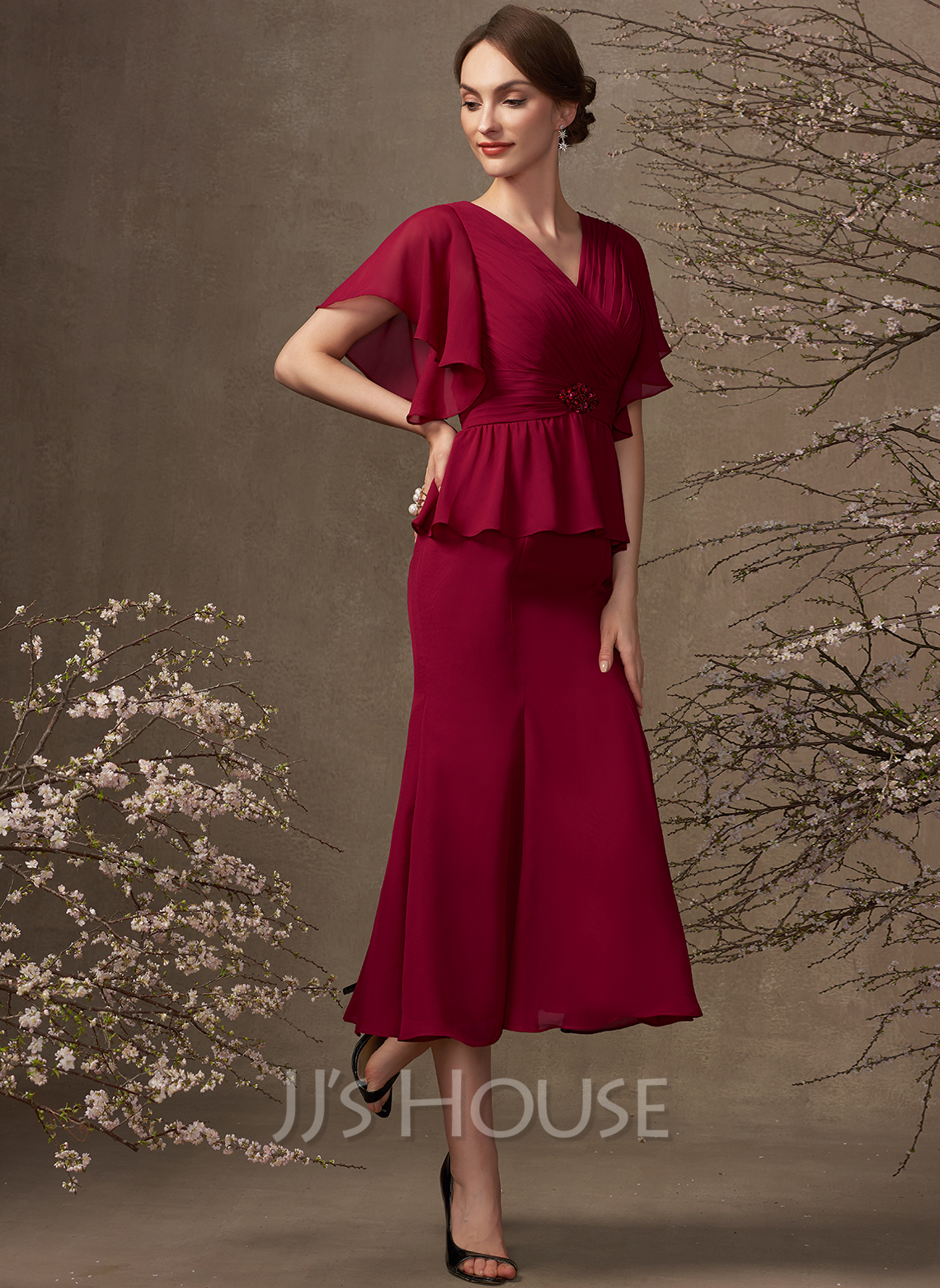 Trumpet/Mermaid V-neck Tea-Length Chiffon Mother of the Bride Dress With Ruffle Beading Sequins