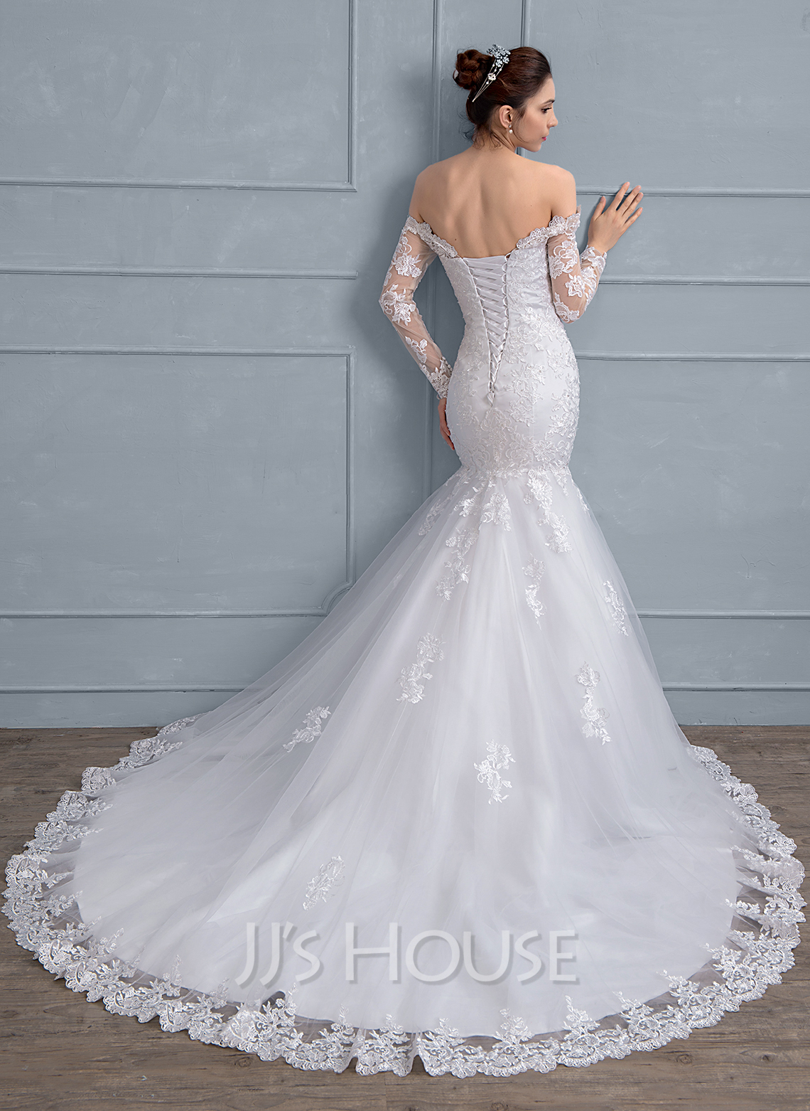 Trumpet Mermaid f the Shoulder Chapel Train Tulle Lace