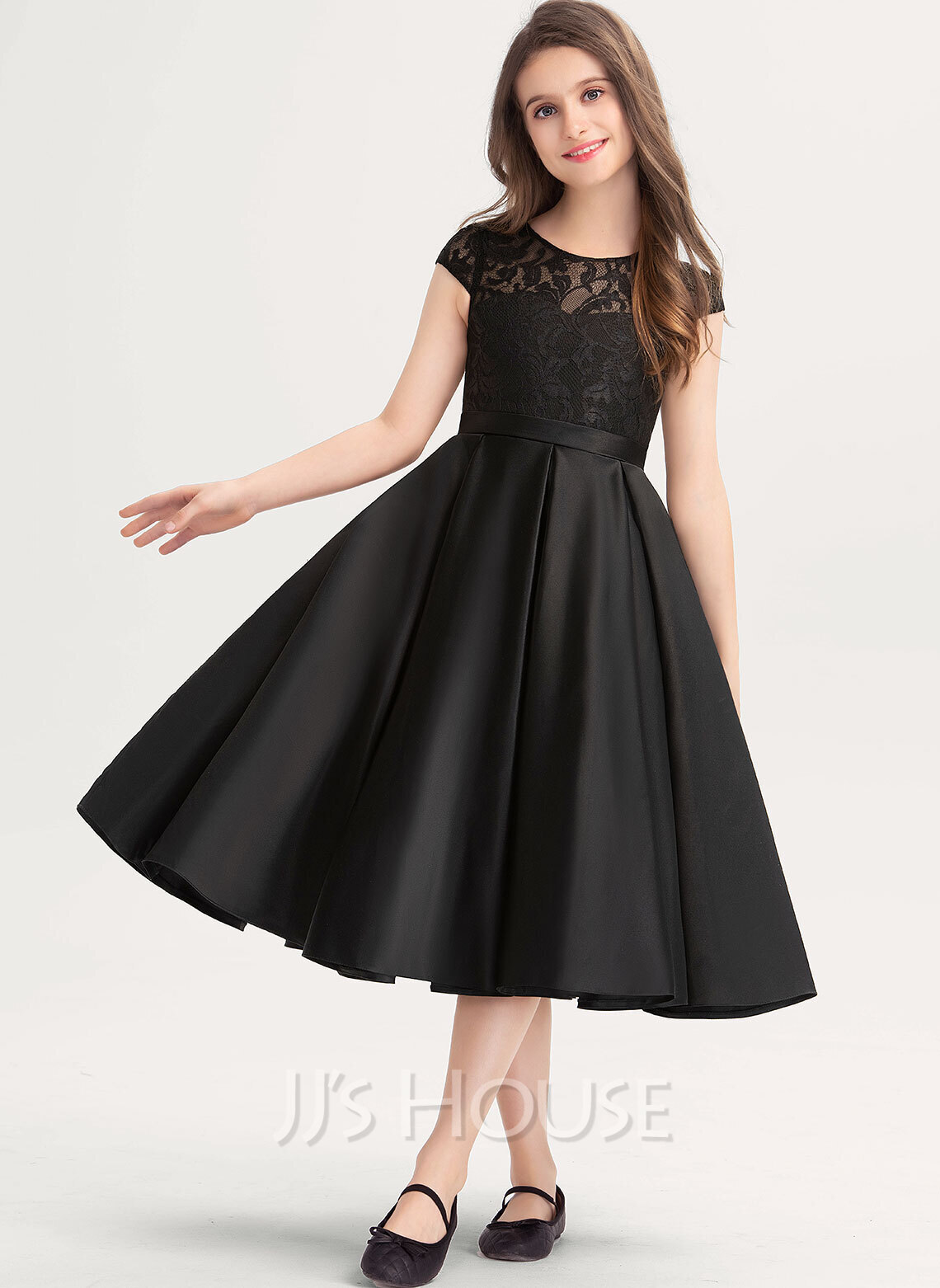 Scoop Neck Knee-Length Satin Lace Junior Bridesmaid Dress With Pockets