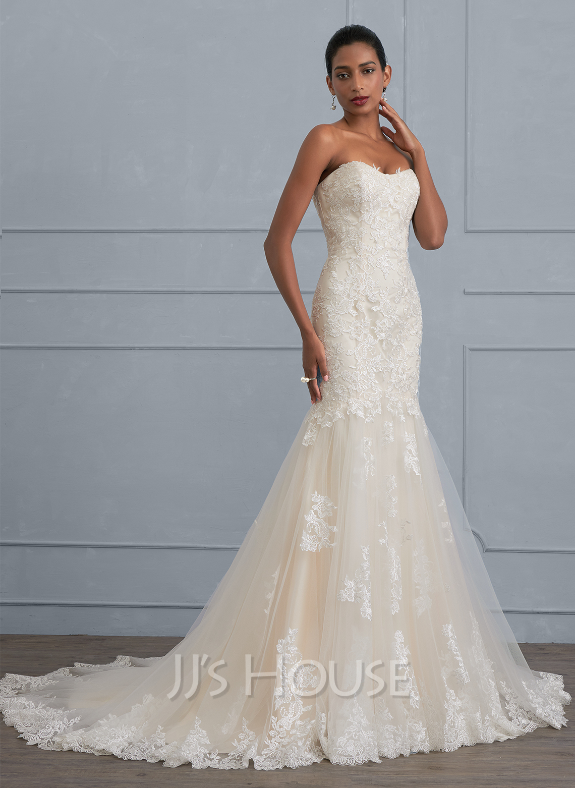 Trumpet/Mermaid Sweetheart Court Train Tulle Lace Wedding Dress ...