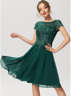 A-Line Scoop Neck Knee-Length Chiffon Lace Bridesmaid Dress With Sequins