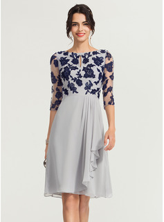 Scoop Neck Knee-Length Chiffon Cocktail Dress With Ruffle