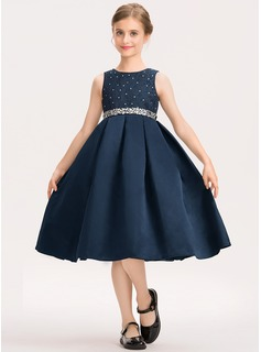 A-Line Scoop Neck Knee-Length Satin Lace Junior Bridesmaid Dress With Beading Bow(s)
