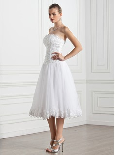 A-Line/Princess Strapless Tea-Length Tulle Wedding Dress With Lace
