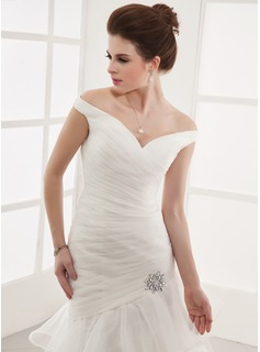 A-Line/Princess Off-the-Shoulder Court Train Organza Wedding Dress With Lace Crystal Brooch Cascading Ruffles