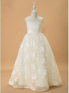 wedding dress romantic