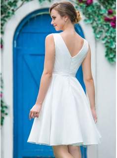 A-Line/Princess V-neck Knee-Length Tulle Wedding Dress With Ruffle Flower(s)