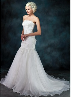 Trumpet/Mermaid Strapless Chapel Train Satin Organza Wedding Dress With Lace Beading