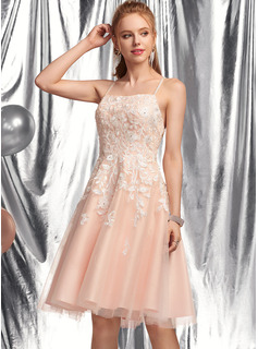 A-Line Square Neckline Knee-Length Tulle Homecoming Dress With Beading Sequins