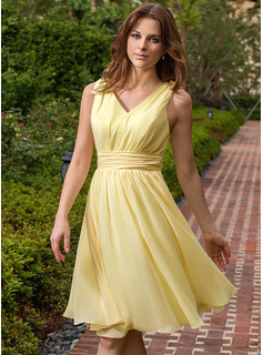 jewel neck dress with sleeves