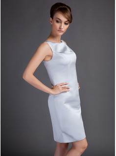 Sheath/Column Scoop Neck Knee-Length Satin Mother of the Bride Dress