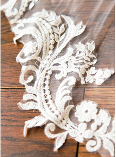 One-tier Lace Applique Edge Cathedral Bridal Veils With Applique/Lace