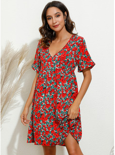 Floral Print Shift V-Neck Short Sleeves Midi Casual Dresses