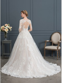 Ball-Gown/Princess V-neck Chapel Train Tulle Wedding Dress