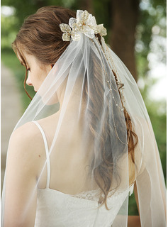 One-tier Cut Edge Waltz Bridal Veils With Beading/Rhinestones
