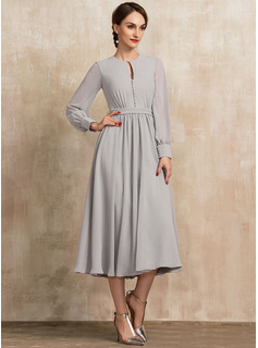 Scoop Neck Tea-Length Chiffon Cocktail Dress With Bow(s)