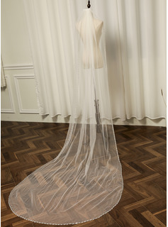 One-tier Beaded Edge Chapel Bridal Veils With Rhinestones