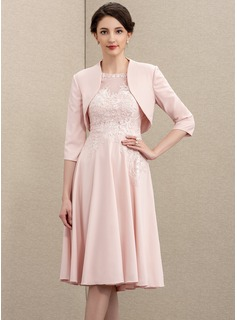A-Line Scoop Neck Knee-Length Lace Stretch Crepe Mother of the Bride Dress