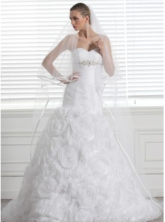 lace bow wedding dress