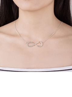 best necklaces for strapless dresses