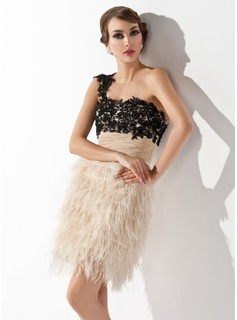Sheath/Column One-Shoulder Short/Mini Feather Cocktail Dress