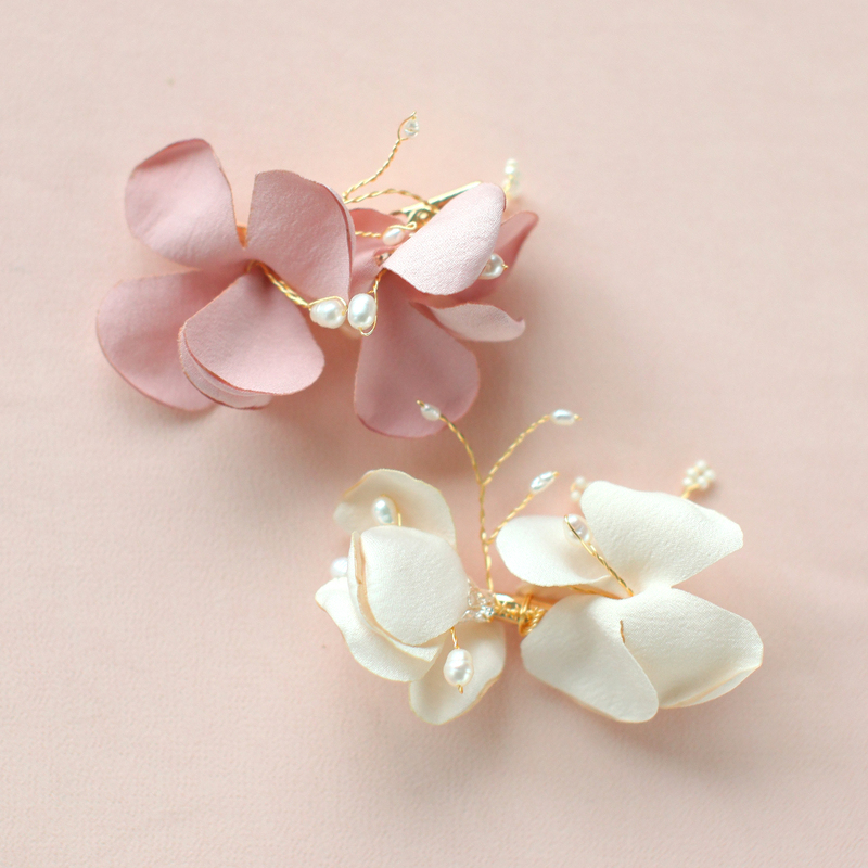 Flower Shaped Alloy/Satin Combs & Barrettes