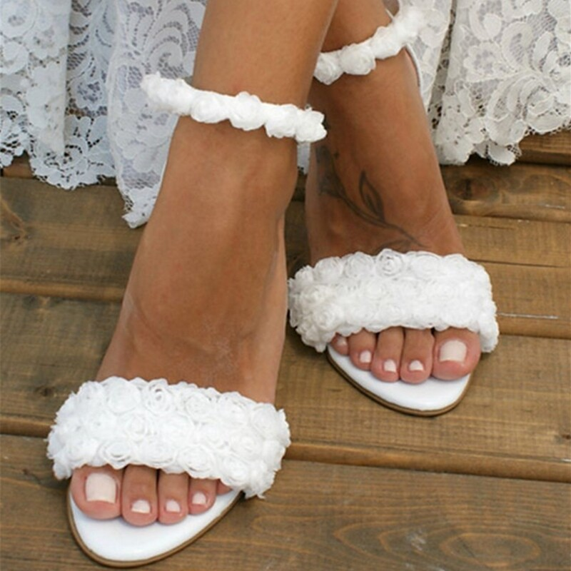 Women's Patent Leather Sandals With Flower