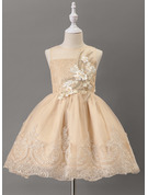 Ball-Gown/Princess Knee-length Flower Girl Dress - Tulle/Lace Sleeveless Scoop Neck With Beading
