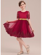 A-Line/Princess Knee-length Flower Girl Dress - Satin/Tulle/Lace/Sequined Short Sleeves Scoop Neck With Bow(s)