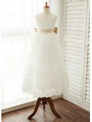 A-Line/Princess Scoop Neck Floor-Length Tulle Junior Bridesmaid Dress With Sash Bow(s)
