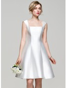 A-Line/Princess Square Neckline Knee-Length Satin Bridesmaid Dress