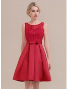 A-Line/Princess Scoop Neck Knee-Length Satin Homecoming Dress With Sequins Bow(s)