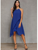 Sheath/Column Halter Knee-Length Cocktail Dress