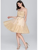 A-Line/Princess Sweetheart Knee-Length Tulle Lace Cocktail Dress With Beading Sequins