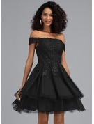 A-Line Off-the-Shoulder Short/Mini Tulle Homecoming Dress With Beading