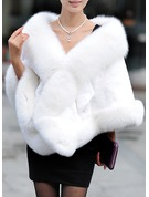 Faux Fur Mode Wrap
