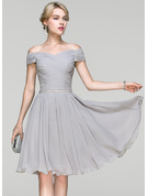 A-Line/Princess Off-the-Shoulder Knee-Length Chiffon Prom Dresses With Ruffle Beading