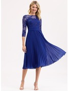 A-Line Scoop Neck Tea-Length Chiffon Lace Bridesmaid Dress With Bow(s)