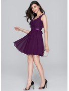 A-Line/Princess V-neck Short/Mini Chiffon Cocktail Dress With Bow(s)