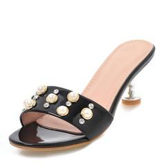 Frauen Lackleder Stöckel Absatz Sandalen Absatzschuhe Peep Toe Slingpumps mit Nachahmungen von Perlen Schuhe