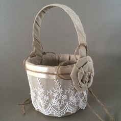 Beautiful Flower Basket in Linen With Lace (102120394)
