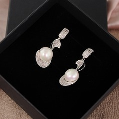 Elegant Zircon Ladies' Earrings