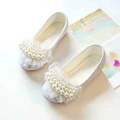 Girl's Round Toe Closed Toe Lace Flats Sneakers & Athletic Flower Girl Shoes With Stitching Lace Pearl