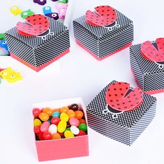 """Cute as a Bug"" 3-D Wing Ladybug Favor Box"