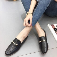 Women's Leatherette Chunky Heel Flats Closed Toe shoes