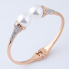 Beautiful Alloy Rhinestones Imitation Pearls With Imitation Pearl Rhinestone Women's Fashion Bracelets (Sold in a single piece)