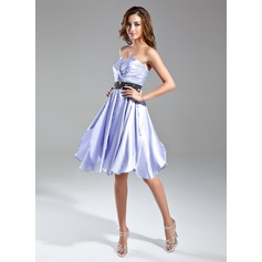 A-Line/Princess Sweetheart Knee-Length Charmeuse Cocktail Dress With Ruffle Sash Beading