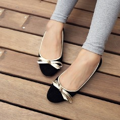 Women's Suede Flat Heel Flats With Bowknot shoes (086115503)