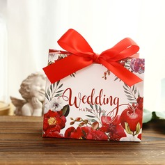 Sweet Love Cuboid Card Paper Favor Boxes With Flowers
