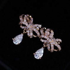 Chic Zircon Ladies' Fashion Earrings